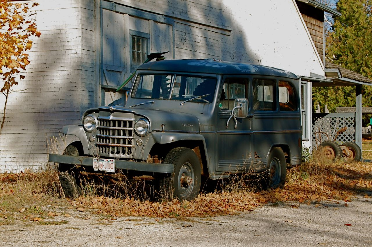 Found by the Side of the Road: Willys Jeep Wagon | Cars In Depth