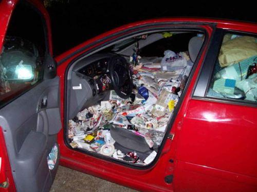 car-hoarding-20.jpg