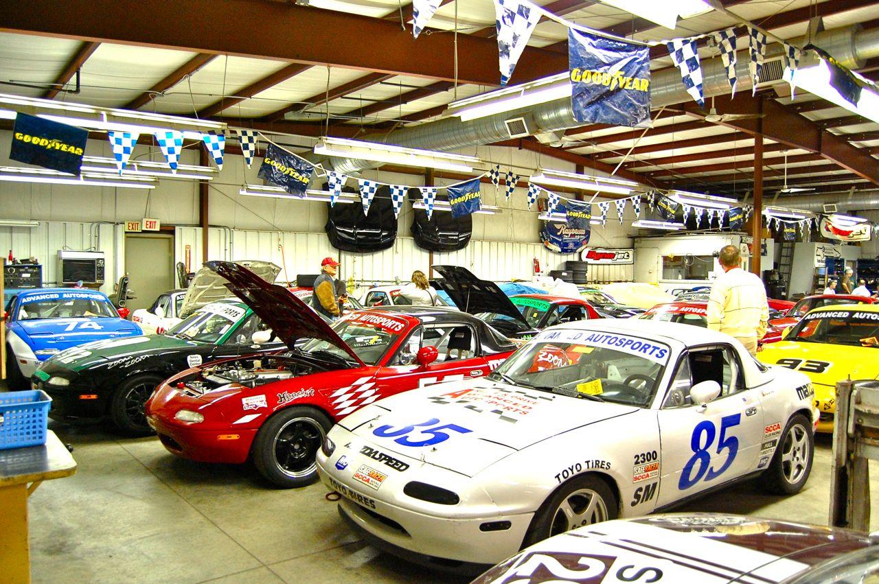 Racing Miatas