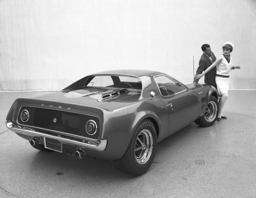 1967_Ford_Mach_2_04