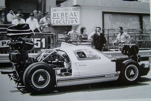 Ford_GT_40_Maxted_Page_Limited_07pop