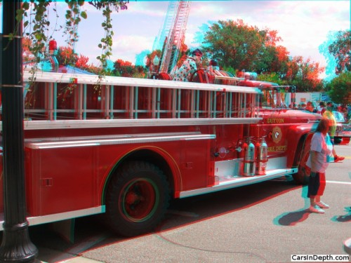 anaglyph-ford 1959 american march firetruck_r