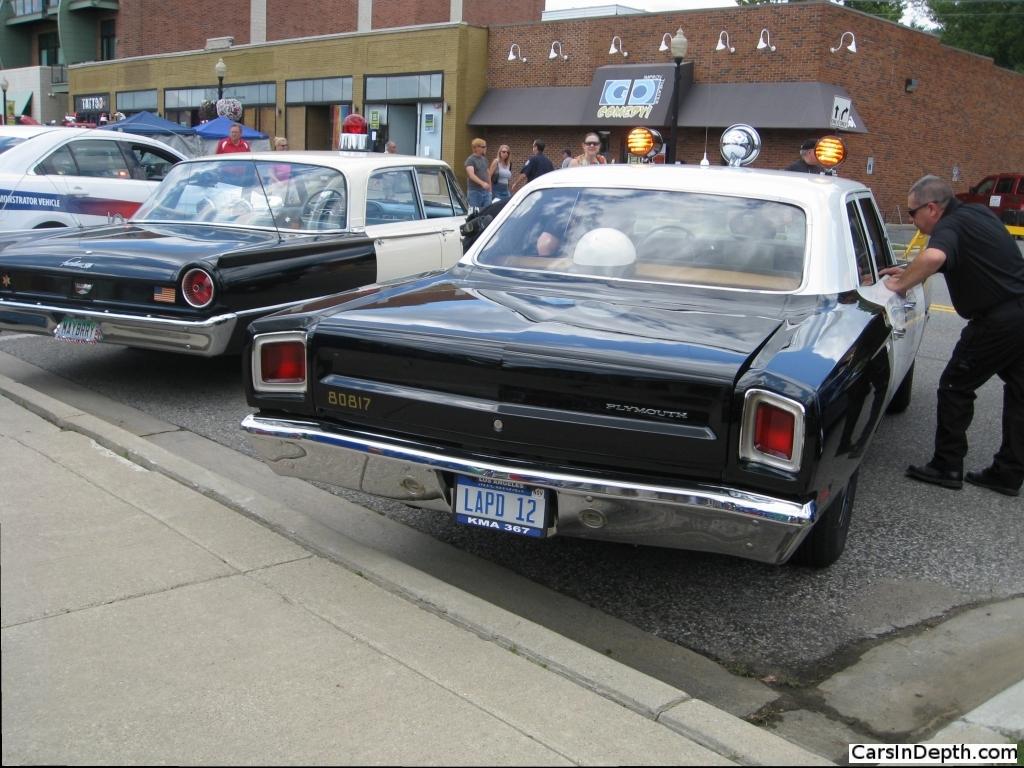 2013 Emergency Vehicle Show Adam 12 Replica 2 Cars In Depth